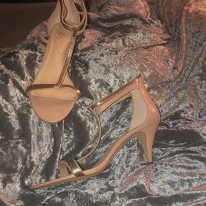Beige tiny heels size 11